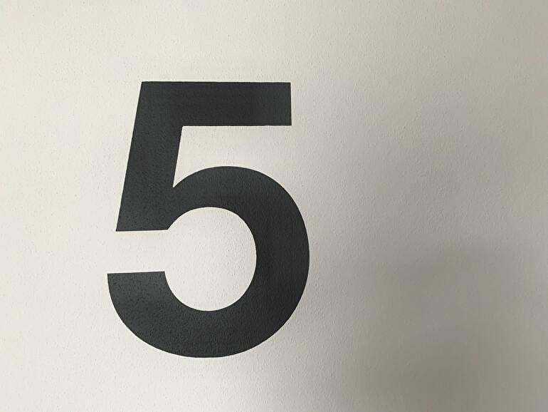 初心者が学校の特徴を把握するためにチェックしたい5